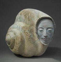 Наташа Дикарева скульптор - сюрреалист. Родилась в Киеве, в настоящее время она живет и работает в Сан-Франциско, штат Калифорния. Предпочитает такие… Sculpture Clay, Unique Art, Altered Art, Sculpting, Pottery, Statue, Artwork, Bible, 3d