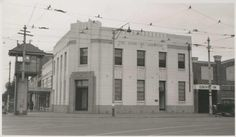 Bank of Adelaide, Pulteney Street, Adelaide, 1942 French Crafts, Adelaide South Australia, Amazing Pics, Local History, Historical Photos, More Photos, Art World, Zine, 1940s