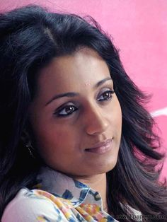 Trisha Krishnan HD Images & Wallpapers Trisha Actress, Trisha Photos, Actress Fanning, Kerala Aunty, Beautiful Heroine, Trisha Krishnan, Actress Anushka, Bollywood Wedding, Most Beautiful Indian Actress