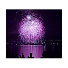 Stunning Fireworks Photos Smashing Magazine ❤ liked on Polyvore featuring backgrounds