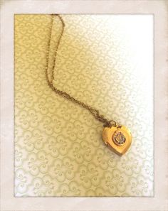 Vintage Gold Tone Locket on Etsy, $6.00