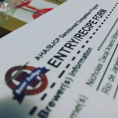 Sexta feira encerra o prazo de entrega das amostras para o Concurso Nacional das Acervas. Minhas cervejas já estão rotuladas e na caixa para entrega amanhã. Já preparou a sua? #acerva #cervejacaseira #homebrew #homebrewing #beerporn #instacerveja #instabeer #craftbeer #cervejaartesanal #cerveja #beer #birra #cerveza