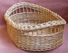 Поделка изделие Плетение Плетёный поднос Трубочки бумажные фото 2