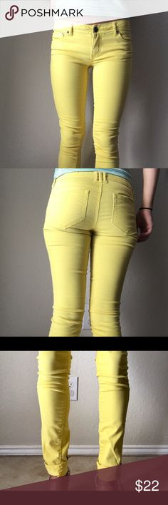 Yellow Super Skinny Jeans Waist: 28'. Inseam: 30.5' Mossimo Supply Co Jeans Skinny