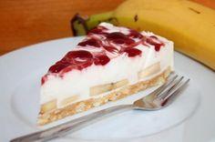 Das Rezept von der KiBa-Torte schmeckt fruchtig und cremig nach Kirsche und Banane und das ganz ohne zu Backen.