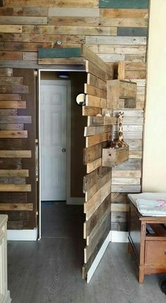 37 fun and unique ideas for secret rooms for your hiding place, 37 funny and unique secret room ideas for your hiding place Home design and interior. Pallet Walls, Pallet Furniture, Pallet Door, Bar Furniture, Diy Pallet Wall, Pallet Wall Bedroom, Amish Furniture, Kitchen Furniture, Hidden Spaces