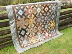 Quilt made with William Morris fabrics, Zen & The Jelly Roll roll pattern from Jelly Roll Inspirations by Pam & Nicky Lintott.