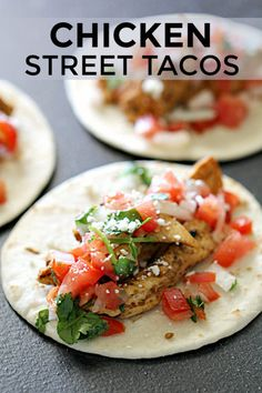 Street Tacos Recipe Seasoned Chicken Six Sisters' Stuff Seasoned Chicken, Fresh Pico De Gallo, And Cilantro Held Together In A Tortilla . This Simple Yet Flavorful Dish Will Quickly Become A Family Favorite Pre Cooked Chicken, Easy Baked Chicken, How To Cook Chicken, Shredded Chicken, Mexican Dishes, Mexican Food Recipes, Dinner Recipes, Ethnic Recipes, Dinner Ideas