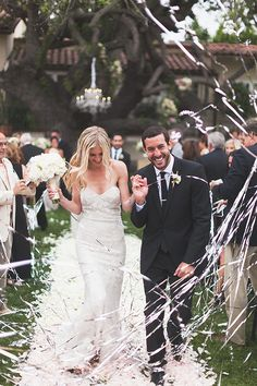 Wedding Planning: 7 Ideas for Memorable Wedding Exits | Wedding Blog, Wedding Planning Blog | Perfect Wedding Guide