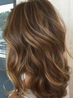 Brown Hair With Blonde Highlights, Brown Hair Balayage, Hair Color Highlights, Dark Blonde, Hair Styles With Highlights, Brown Hair Foils, Light Brown Hair Lowlights, Balayage Highlights Brunette, Brown With Caramel Highlights