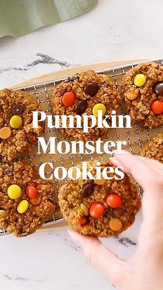 Sweet Potato Recipes Healthy, Healthy Recipe Videos, Healthy Dessert Recipes, Sweet Recipes, Cookie Recipes, No Bake Desserts, Healthy Meals, Banana Chocolate Chip Muffins, Banana Bread Muffins