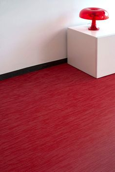 Dare to design with the most striking colors and get the most amazing combinations with Fitnice. See how our Fitnice Floor Chroma Red looks!