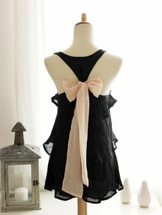Back Bow Dress.