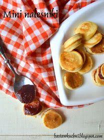 Basia w kuchni: Mini naleśniczki przekładane - śniadanie do szkoły