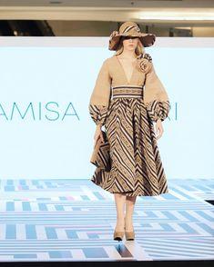 Frock Fashion, Batik Fashion, Mori Fashion, Simple Dresses, Casual Dresses, Short Dresses, Modern Filipiniana Dress, Myanmar Dress Design, Thai Design