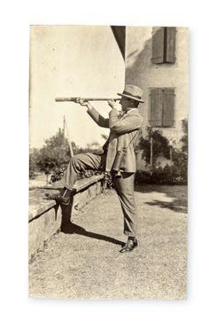 Emilio Terry (1890-1969), 3 269 photographies personnelles, de 1902 à 1940. Estimation : 20 000/30 000 €. Samedi 27 juin, Fontainebleau. Osenat SVV.