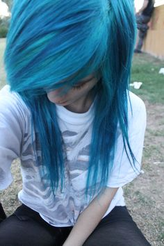 I am in LOVE with this teal colored hair business.