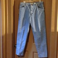 I just added this to my closet on Poshmark: 100% cotton, 5-pocket blue jeans. Price: $30 Size: 18