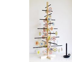 Decorate your christmas tree with these circles from Jurianne Matter