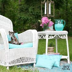 refresh outdoor furniture at diyshowoff.com