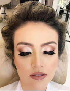 420 latest smokey eye makeup ideas 2019 page 27 - Eye Make-up ideas! - Alles über Make-up Bridal Hair And Makeup, Wedding Hair And Makeup, Wedding Beauty, Hair Makeup, Pink Makeup, Simple Prom Makeup, Bride Eye Makeup, Glam Makeup, Peach Eye Makeup