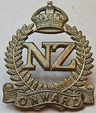 maori battalion badge - Google Search Maori Art, Kiwiana, Lest We Forget, Badges, Soldiers, Childhood Memories, Wwii, New Zealand, Guns