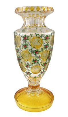 Vase mit geblänkten Allegorien, Fachschule Haida, Vertrieb Oertel um 1922