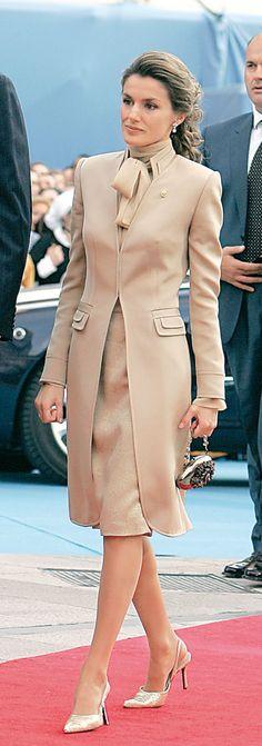 Crown Princess Letizia http://www.pinterest.com/helmagerssenrom/royals/