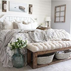 27 Beautiful For Farmhouse Bedroom Decor Ideas And Design. If you are looking for For Farmhouse Bedroom Decor Ideas And Design, You come to the right place. Below are the For Farmhouse Bedroom Decor . Farmhouse Style Bedrooms, Farmhouse Master Bedroom, Farmhouse Decor, Rustic Bedrooms, Farm Bedroom, Rustic Bedroom Design, White Rustic Bedroom, Farmhouse Rugs, Bedroom Designs