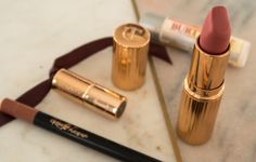 What's in my make up bag? Charlotte Tilbury, Tea Cups, Make Up, Lipstick, Bags, Beauty, Handbags, Lipsticks, Makeup