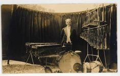 Vintage Drum Kits 1920s 1930s Vintage Drums Drum Kits Drums