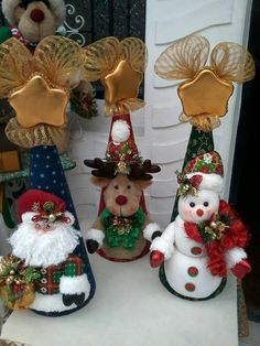 Posts about Christmas written by money. Christmas Sewing, Christmas Art, Christmas Projects, Felt Crafts, Christmas Crafts, Christmas Ornaments, Christmas Figurines, Homemade Christmas, Felt Christmas Decorations