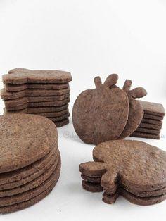 Galletas de chocolate para decorar o para satisfacer ese antojo de algo dulce en las tardes. Estas galletas se pueden comer decorada...