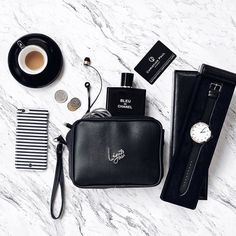 Today's essentials #blogs #blogger DM us to get featured by htblogger