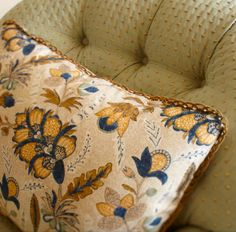 """BOTANIQUE BY SUZANNE TUCKER 1 PAIR OF 18/"""" CUSHION COVERS"""