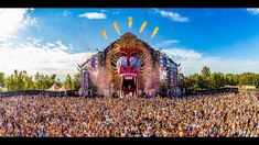 The Summer of Q-dance 2017 | Official Q-dance Video - Q-dance #YouTube #Q_dance #LuigiVanEndless #Hardstyle #ReverseBass #RawStyle #NuStyle #HarderStyles #DanceMusic #Bass #Festival #Qapital https://youtu.be/jyJKP4Z4mNk From Spain to Taiwan we're uniting people all over the world with hardstyle this summer. Check out the Summer of Q-dance 2017  recap now.  This video features the following tracks: 01. Hardwell - Make The World Ours 02. Zatox - For Ever 03. Wildstylez & Hard Drive - Get Wild…