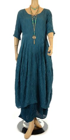 Praechtig Summer 2012 Blue Crushed Silk Skirt-Praechtig, lagenlook, womens plus size UK clothing, ladies plus size lagenlook fashion clothing, plus size coats, plus size dresses, plus size jackets, plus size trousers, plus size skirts, plus size petticoats, plus size blouses, plus size shirts, plus size tops, plus size tunics, lagenlook plus size fashion clothing