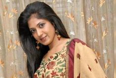 Yagna Shetty is a famous Indian actress and model. She is known for her working in Kannada cinema. Alongside she worked in many Telegu and Tamil films as a lead Love Guru, In Kannada, Kannada Movies, Two Movies, Acting Career, Comedy Films, Famous Celebrities, Best Actress, Net Worth