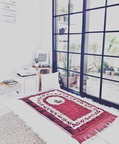 Prayer Corner, Islamic Decor, Home Office Chairs, Prayer Room, Home Room Design, House Rooms, Home Renovation, Decoration, Furniture Design