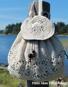 Pikku Akan Tilkkuvakka Fashion Backpack, Crochet Hats, Backpacks, Bags, Knitting Hats, Handbags, Taschen, Women's Backpack, Purse