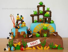 Angry Bird Cake by Roundhouse Cakes