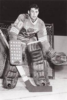 Ice Hockey Players, Hockey Goalie, Hockey Games, St Louis Blues, Goalie Mask, Star Wars, Vancouver Canucks, Win Or Lose, National Hockey League
