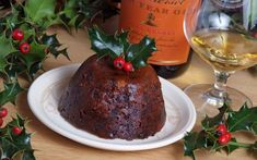 It is a scheme worthy of Ebenezer Scrooge, but health experts have released a list of the exercise needed to work off festive treats in the hope revellers will think twice about overindulging this Christmas. Traditional Christmas Pudding Recipe, Mincemeat Pie, Figgy Pudding, Christmas Desserts, Christmas Foods, What To Cook, Holiday Recipes, Good Food, Food And Drink