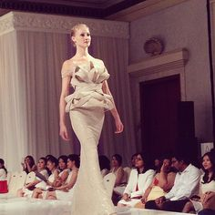 Extravagant. SEBASTIANGUNAWAN #CrystalBeauty collection in collaboration with SK II at Dharmawangsa Hotel, Make-up and Hair by @adiadrian_ds and team. #SebastianGunawan #SK2 #crystal #runway #fashionshow #potd #instafashion #instadaily #iphonesia #indonesiandesigner #couture #white #elegance #beauty #fashion #style #dress #evening #model - @SebastianGunawan- #webstagram