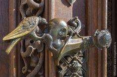 Ancient Buildings, Door Handles, Spaces, Design, Home Decor, Door Knobs, Decoration Home, Room Decor