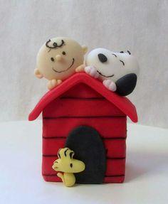 Babyscuit Diy Clay, Clay Crafts, Fun Crafts, Diy And Crafts, Crafts For Kids, Snoopy Birthday, Snoopy Party, Peanuts Cartoon, Peanuts Snoopy