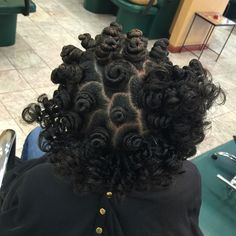 Love the process of styling Bantu Knots! Would you keep yours knotted, wear them out, or both? How do you feel about Bantu Knots? Natural Hair Journey, Natural Hair Tips, Natural Hair Styles, Jheri Curl, Love Hair, Big Hair, Protective Hairstyles, Kid Hairstyles, Protective Styles