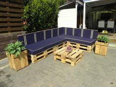 #CoffeeTable, #Garden, #Lounge, #PalletPlanter, #PalletSofa, #RecycledPallet