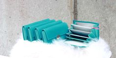 Colorful and unique women´s wallets leather turquoise- worldwide shipping