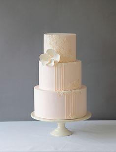 blush pink wedding cake ~  we ❤ this! moncheribridals.com
